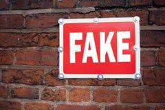 Passi l'ispirazione di titolo del testo di scrittura che mostra il concetto falso che significa l'applicazione di visto turistico Fotografie Stock