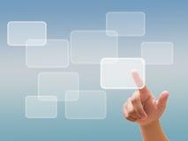 Passi la spinta del tasto su un'interfaccia dello schermo di tocco Immagini Stock Libere da Diritti