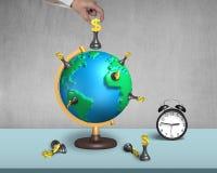 Passi la tenuta degli scacchi del dollaro sul globo della mappa 3d con l'orologio Immagine Stock