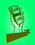 Passi la tenuta della pila di banconote in dollari, un pugno di soldi Immagini Stock Libere da Diritti