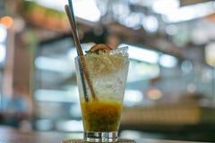 passiflore comestible de passiflore avec la menthe de soude Photos libres de droits