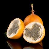 Passiflore de maracuja de passiflore comestible de passiflore Image libre de droits