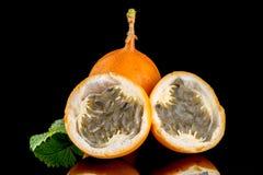 Passiflore de maracuja de passiflore comestible de passiflore Photo libre de droits