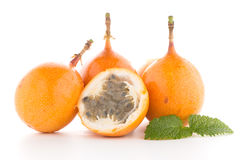 Passiflore de maracuja de passiflore comestible de passiflore Photo stock