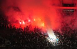 Passionés du football célébrant le but Photos libres de droits