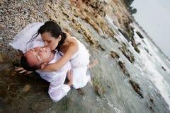 Passion d'été (verticale d'amoureux) Images libres de droits
