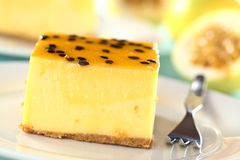 Passion Fruit Cheesecake Royalty Free Stock Photos