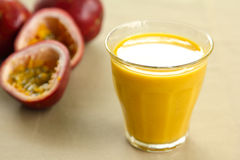 Passion fruit juice by fresh passion fruit Royalty Free Stock Images