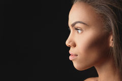 Passionate young african woman observing something Royalty Free Stock Photos