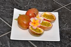 Passionfruit。 免版税库存图片