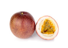 Passionfruit aisló en el fondo blanco imágenes de archivo libres de regalías