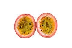Passionfruit isolerade på vit Arkivbild