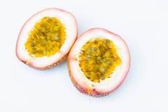 Passionfrukter på vit bakgrund Fotografering för Bildbyråer