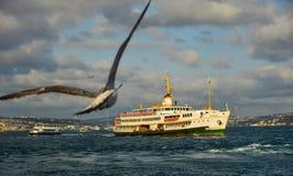Passo de Bosphorus de Istambul, Turquia imagens de stock royalty free