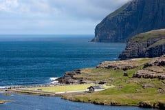 Passo de futebol ao lado do mar Fotografia de Stock