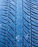 Passo do pneu de carro foto de stock royalty free