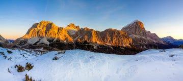 Passo Falzarego, доломиты, Италия Стоковые Изображения