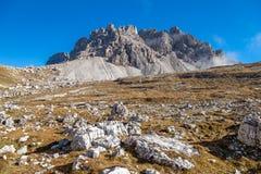 Passportenkofel berg bredvid tre maxima arkivfoto