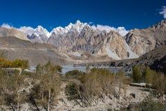 Passu dal Nordligt område Pakistan royaltyfri bild