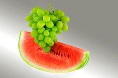 Pastèque et raisins Photo libre de droits