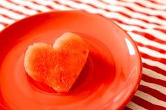 Pastèque juteuse fraîche de forme de coeur Images libres de droits