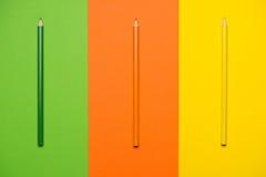 Pastéis coloridos Muitos lápis coloridos diferentes Imagens de Stock Royalty Free