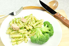 Pasta with broccoli and tunafish Royalty Free Stock Photography