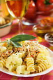 Pasta with cauliflower and chicken meat Royalty Free Stock Photos
