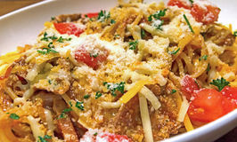 Pasta with cheese and beef sauce Royalty Free Stock Images