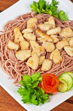 Pasta with chicken meat Royalty Free Stock Photography