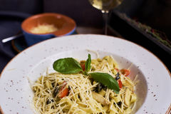 Pasta with chicken slices and wine Royalty Free Stock Images