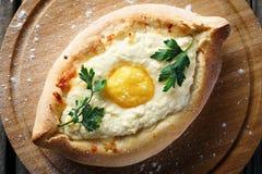 Pasta con el huevo y verdes Imágenes de archivo libres de regalías