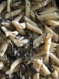 Pasta con fegato e le cipolle fotografia stock
