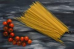 Pasta con i pomodori Immagine Stock Libera da Diritti