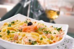 Pasta con il salmone Fotografia Stock