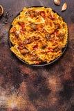 Pasta con la salsa del fegato di pollo fotografie stock
