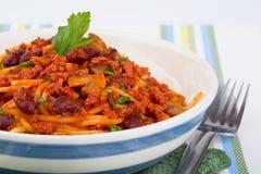 Pasta con la salsa di pomodori Immagini Stock