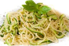 Pasta con lo zucchini Fotografia Stock