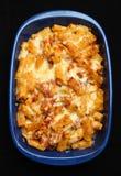 Pasta cotta con il pollo & il formaggio immagine stock libera da diritti