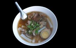Pasta da farinha de arroz com ovo e carne de porco Fotografia de Stock