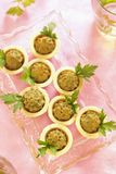Pasta de fígado caseiro da galinha nos tartlets Fotos de Stock Royalty Free