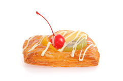 Pasta de hojaldre deliciosa con crema y frutas Fotografía de archivo libre de regalías