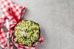 Pasta del carciofo degli spinaci con formaggio Fotografie Stock Libere da Diritti