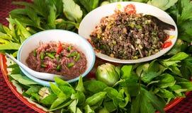 Pasta del gamberetto dei peperoncini rossi e carne tritata immagine stock libera da diritti