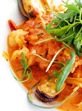 Pasta del Linguine, pomodoro dei frutti di mare Fotografie Stock Libere da Diritti