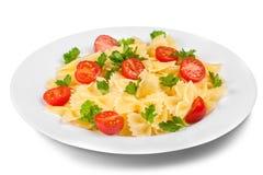 Pasta deliziosa con le verdure sul piatto bianco sopra Fotografie Stock