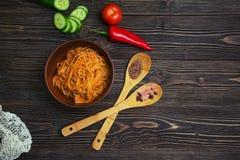 Pasta deliziosa e calorosa con le verdure della carne tritata Immagine Stock Libera da Diritti