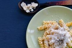 Pasta di Fusilli immagini stock