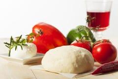 Pasta di lievito cruda Immagine Stock