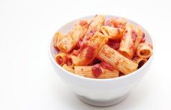 Pasta di Rigatoni bolognese Immagini Stock